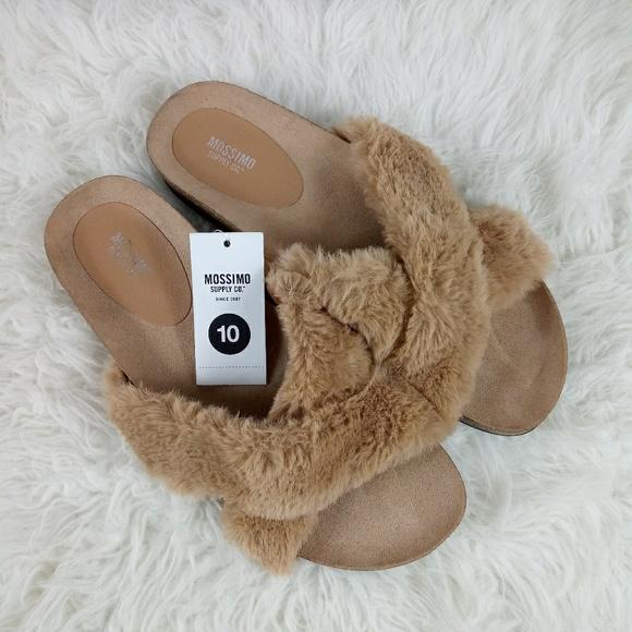 a4a0c7f53ce018 Mossimo Supply Co. Women s Bella Faux Fur Sandal